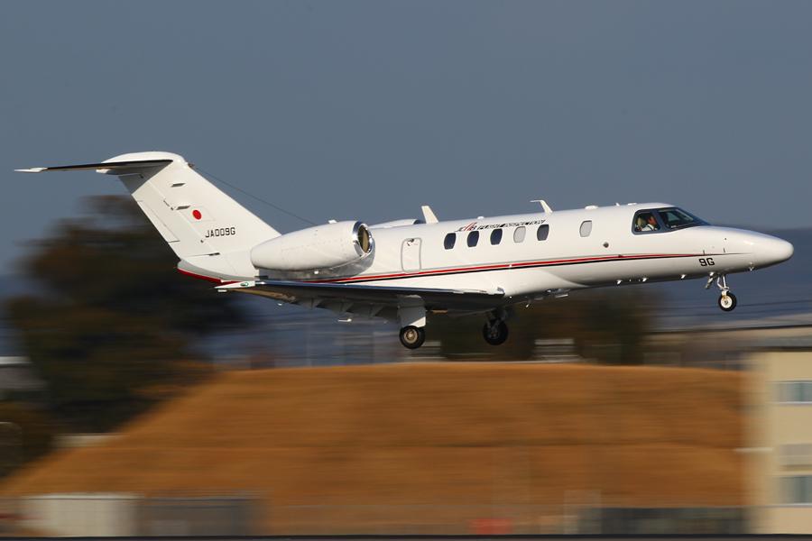 飛行検査機「サイテーションCJ4」
